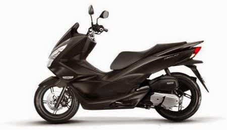 Penampakan New Honda PCX 150 Hitam