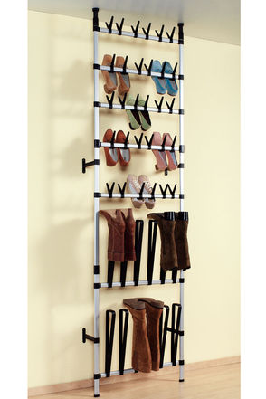 Muebles para zapatos en el dormitorio dormitorios con estilo for Zapateras de metal