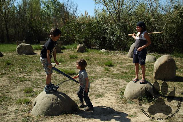 Espagne-aragon-alfranca-jardin-pierres