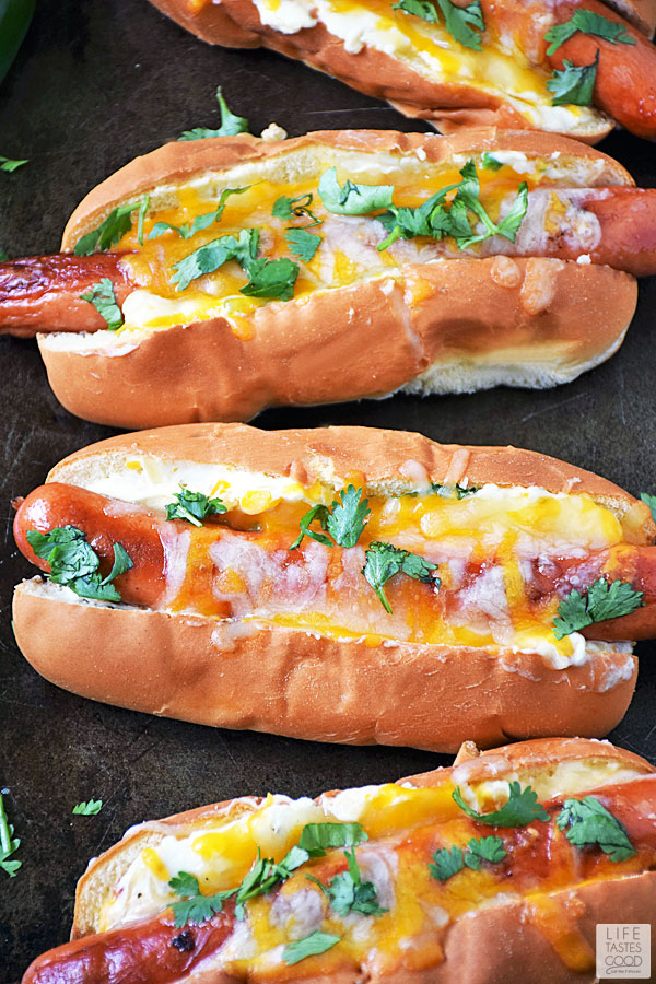 Jalapeno Popper Hot Dogs