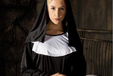 Ροζ σκάνδαλο σε μοναστήρι: Η πα...να καλόγρια και οι καλόγεροι! (PHOTOS)