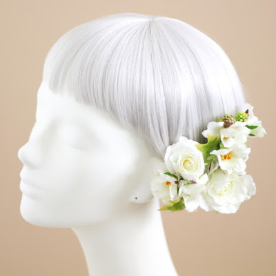 ガーデンローズの髪飾り(白)