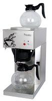 Cafetiera 'Economic' cu decantor de sticla si capac, cu 2 plite ajustabile, indicator luminos care se aprinde atunci cand cafeaua este gata. potrivit pentru filtre de dimensiuni 90/250. 205x400x(H)455 mm 1,8Lit 2060 W 230 V