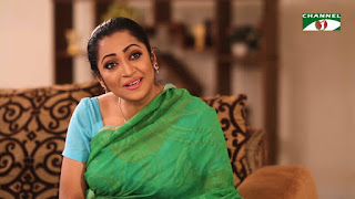 Bangladeshi Serial Aunty Actress Tania's Hot Picture In Green Saree