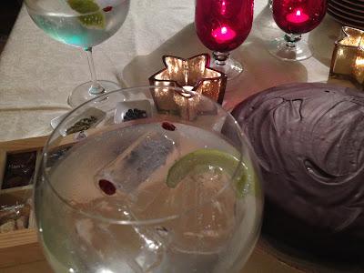 Tarta Sacher sin Azúcar - Tarta Sacher - Sin azúcar - Sugar Free - Repostería - El gastrónomo - The Balvenie - G'Vine - Gin Tonic - Sally Pepper - La mano del verdugo - Juan Solo