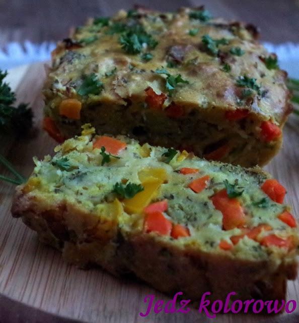 wytrawny keks z warzywami, bez jajek, wege