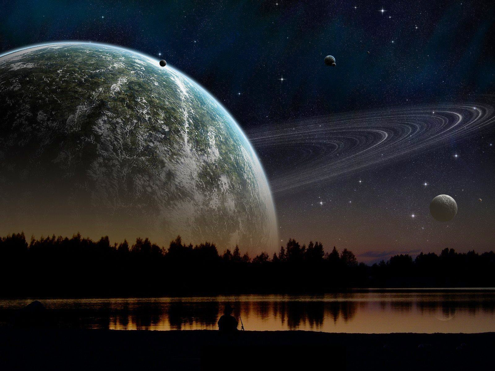 If Saturn was as close to Earth as the Moon