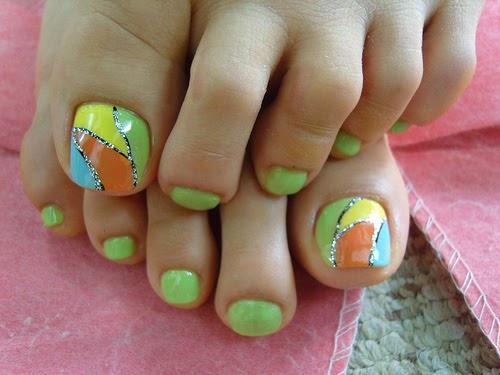 August 2011 Nail Art Polish Manicure Designs Photo: Nail Art: Nail Designs With Nail Polish Combination