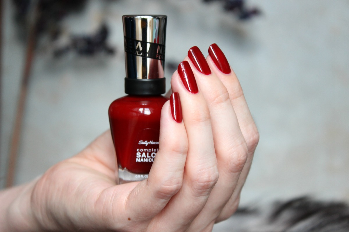 Polished with Love: [Details] Weihnachtsaccessoires: Sally Hansen ...