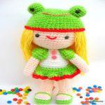 http://www.craftsy.com/pattern/crocheting/toy/kelly-girl-with-frog-hat-crochet-ami/13403?rceId=1447967529617~guj87q1g
