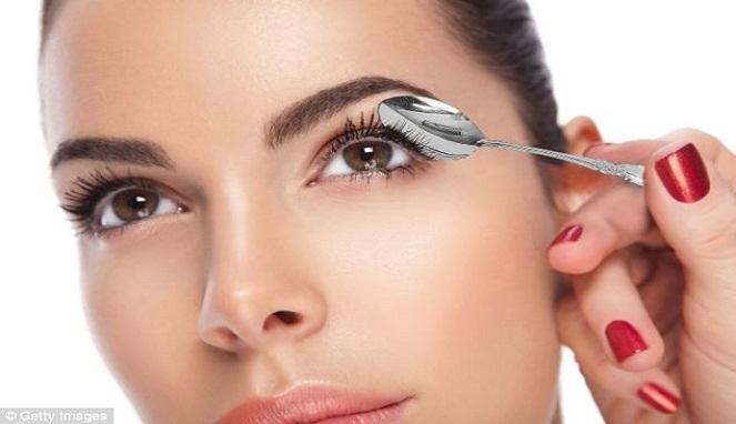 8 Cara Ampuh Mempercantik Wajah Dengan Sendok Arbamedia Com