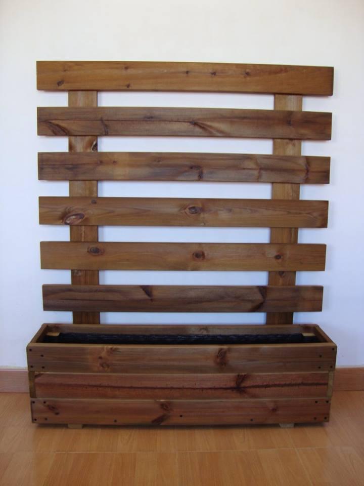 Jardineras de madera - Celosia con jardinera ...