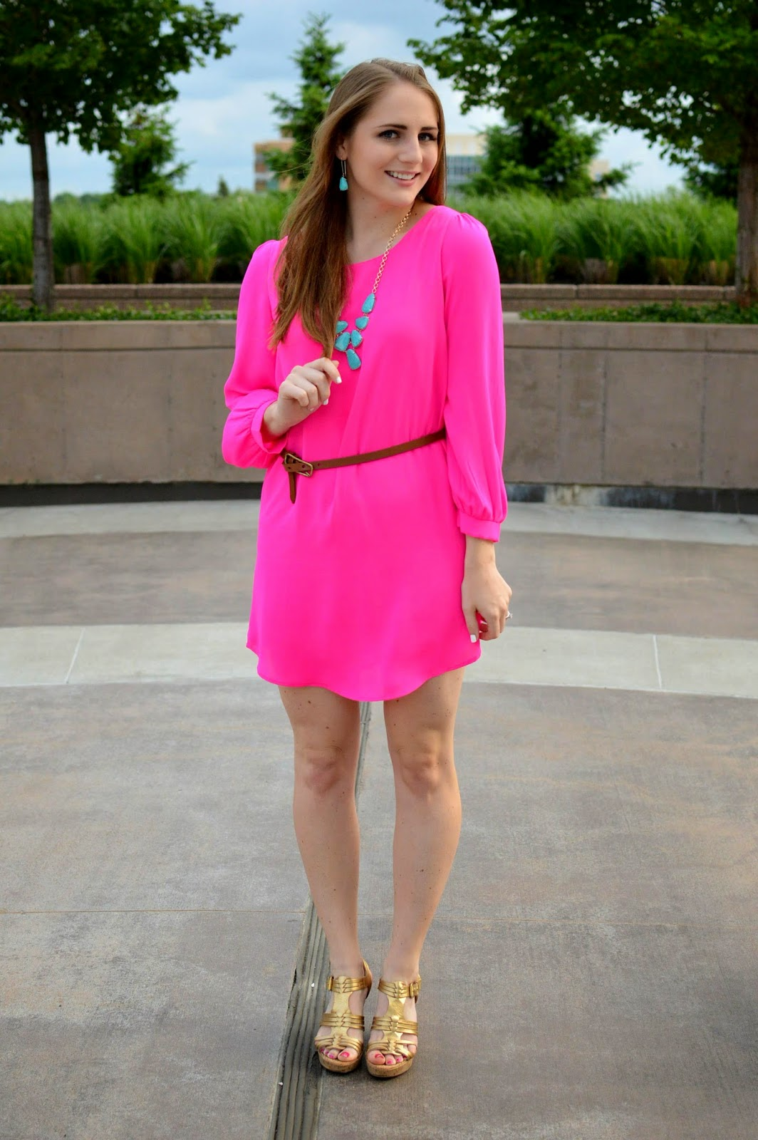 pink and turquoise outfit idea