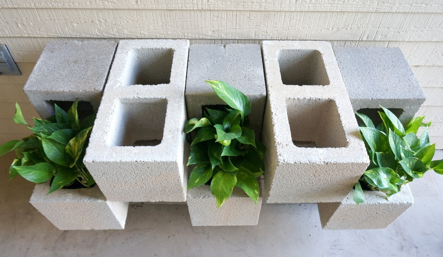 2%2Ba 25 Stunning Planter Concrete Blocks Alternatives to Transform Your Backyard And That Are All Your Front Porch Needs Interior