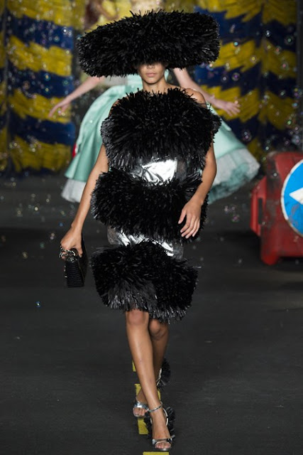 Moschino S/S 2016 MFW black tiered dress