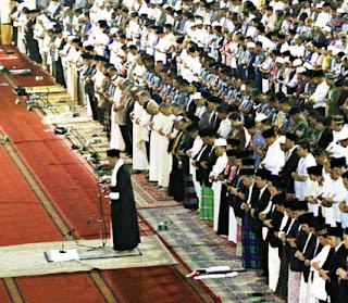 Syarat-Syarat-kriteria-yang-berhak-menjadi-Imam-Sholat-Berjamaah