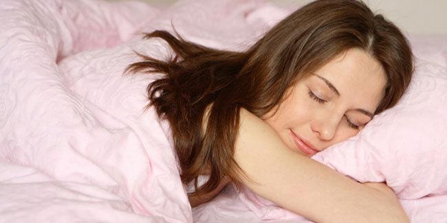 Ternyata mandi malam hari membuat tidur lebih nyenyak