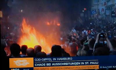 http://www.express.de/news/politik-und-wirtschaft/g20-gipfel-krieg-gewalt-explosion--polizei-raeumt-schanzenviertel---gsg9-im-einsatz-27935302?originalReferrer=