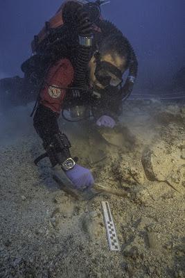 Ναυάγιο Αντικυθήρων: Βρέθηκε ανθρώπινο κρανίο και οστά! [pics]
