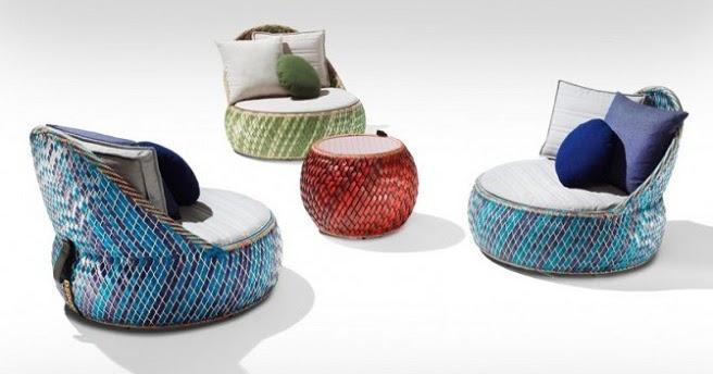 Marzua dala muebles para el jard n hechos con materiales for Jardin con reciclados