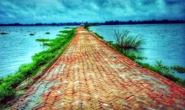টাঙ্গাইলের মির্জাপুরের বুধিরপাড়া, ভিন্ন এক বিনোদন কেন্দ্র