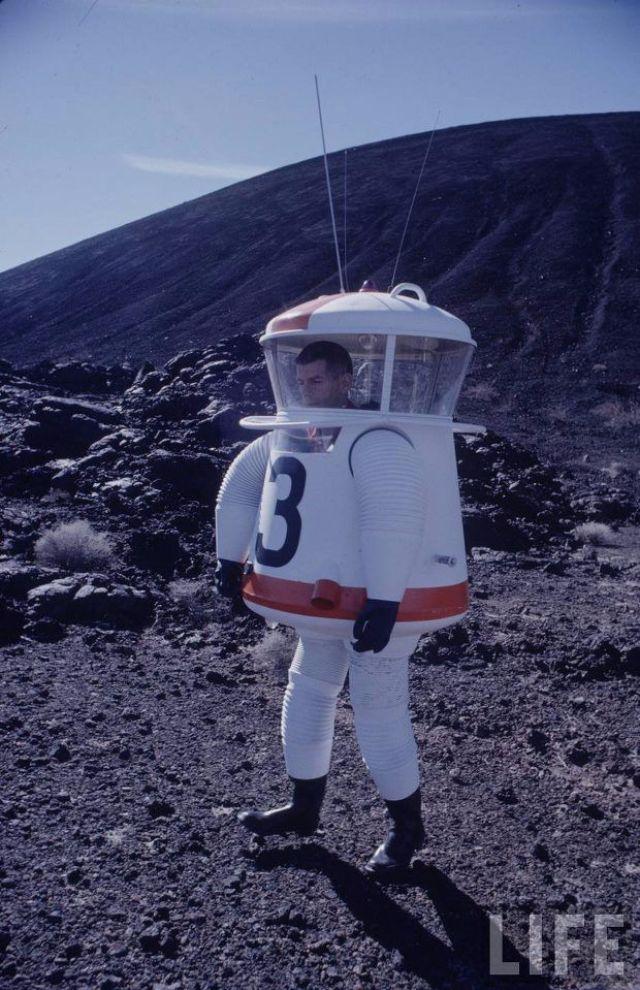 space suit 1900s - photo #28