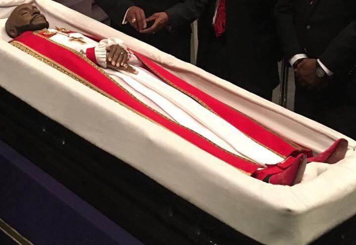 bishop-eddie-long-casket