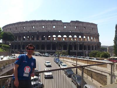 Lado de fora do Coliseu - Roma - Itália