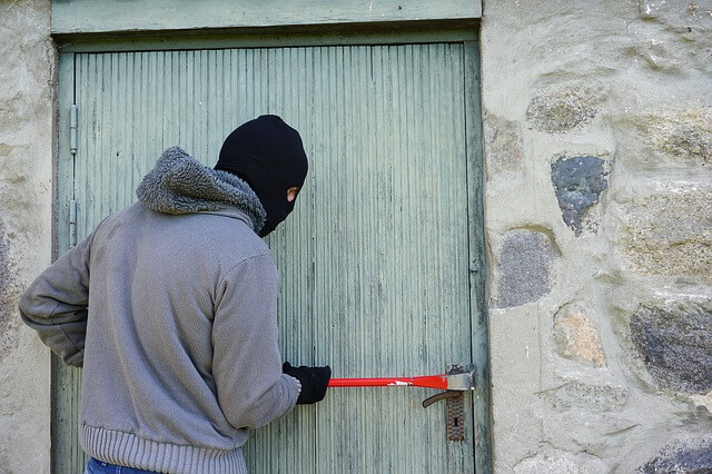 12 ways to protect your home while you are away