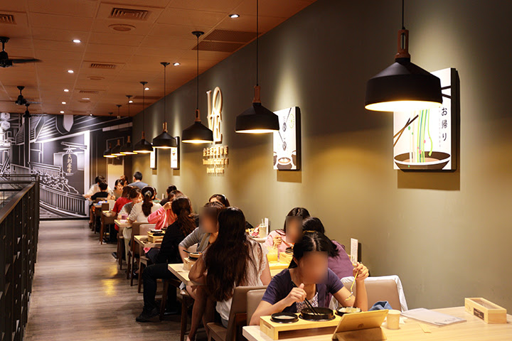 天利食堂用餐空間