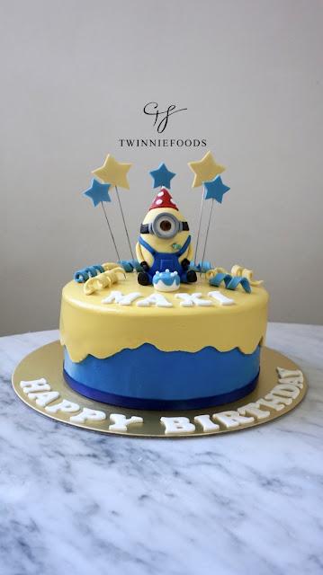 Minion cake, 3d fondant minion, party minion cake