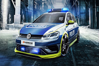 Pulsa Murah~ polisi jerman pake vw golf kejar bandit