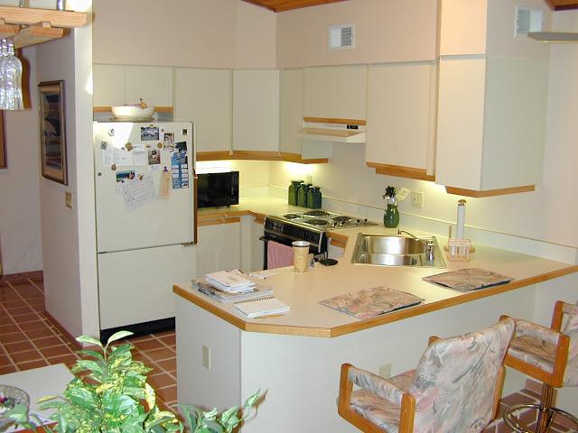 cuisine americaine bar design stephanie space. Black Bedroom Furniture Sets. Home Design Ideas