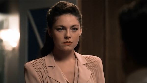 Alexa Davalos Mob City: WEIRDLAND: True Detective, Homefront Noir, Jeff & Ginger