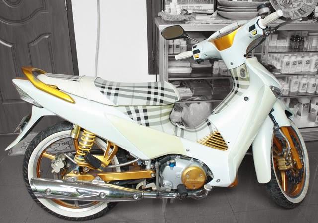 Modif Modifikasi Honda karisma ala Street art