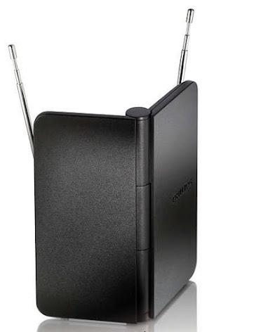 A antena para TV digital SDV 1225T/55 - Philips conta com um cabo de 1,8 metro, e isso garante que o aparelho seja deixado em estantes sem precisar de uma fixação tão próxima aos televisores
