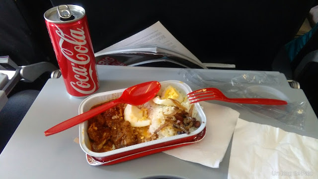 comida avion air asia compañia low costo asia