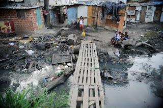 Investimento público em saneamento no Brasil não atende demanda da população, alertam especialistas