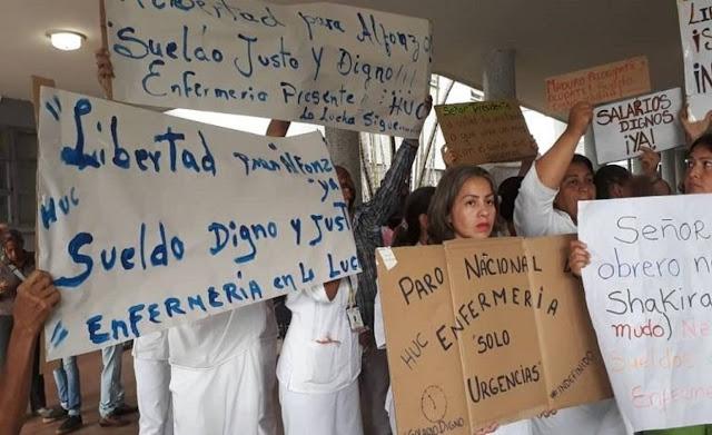 Enfermeras se mantienen en huelga y no aceptan una miseria de aumento