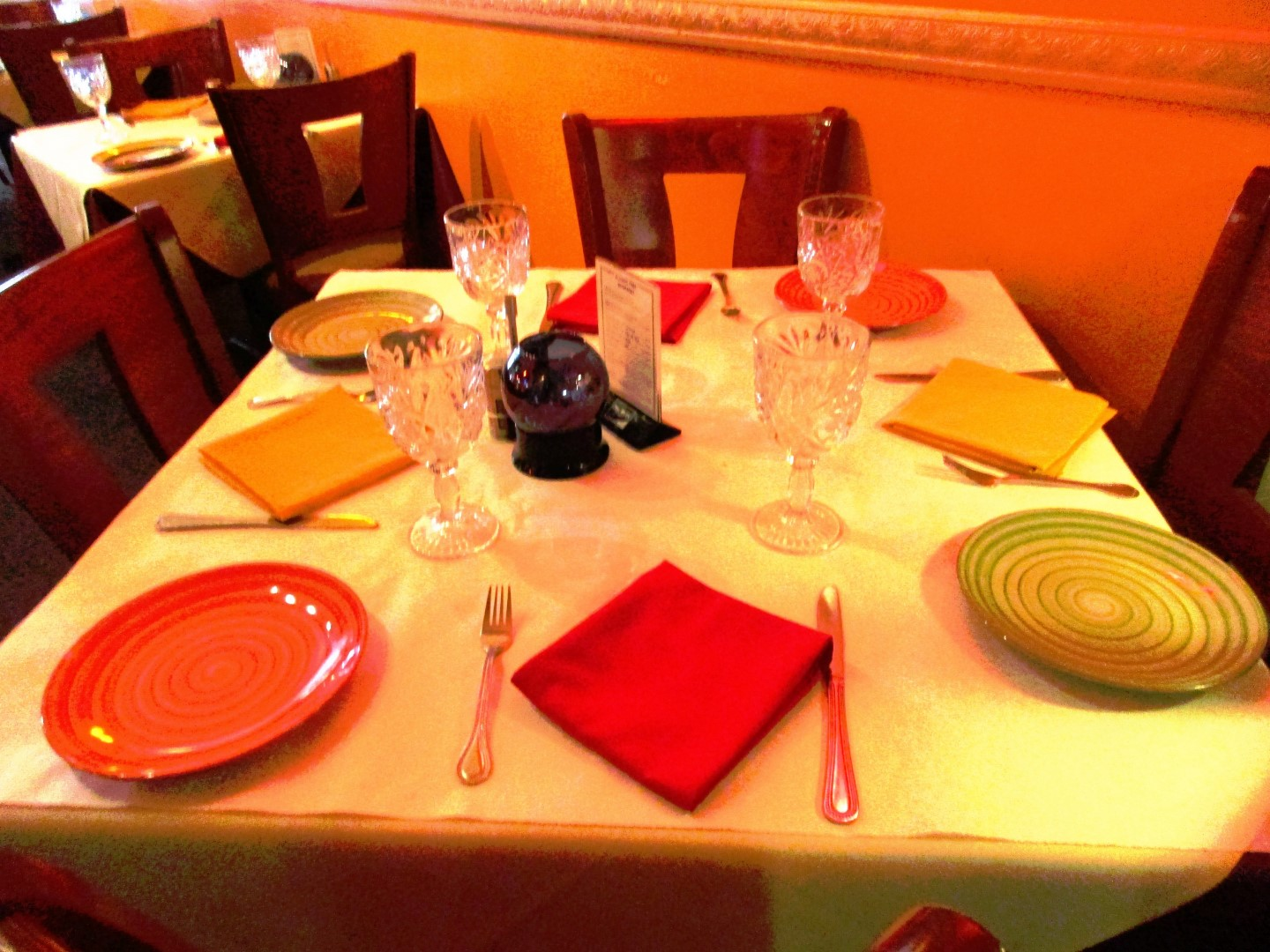 indian restaurant essay If you are thinking about food and don't know which restaurant to go to, read a restaurant essay let me tell you why you should read one  essay on restaurants.
