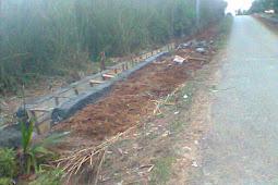 Pembangunana Siring Beton dan Lampu Tembak di Ngestibboga II