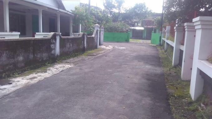 Tanah pekarangan pinggir jalan aspal Barat Hotel HYATT Palagan