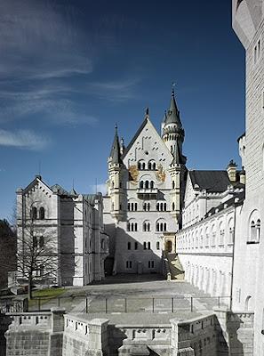 ปราสาทนอยชวานชไตน์ (Neuschwanstein Castle) @ www.neuschwanstein.de
