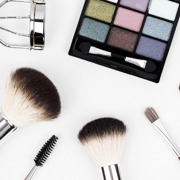 Tips Belanja Makeup Secara Hemat Saat Sedang Diskon