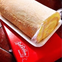 Sweet Tooth Diaries Brazo De Mercedes Cupcakes Plus Brazo De Mercedes Roll