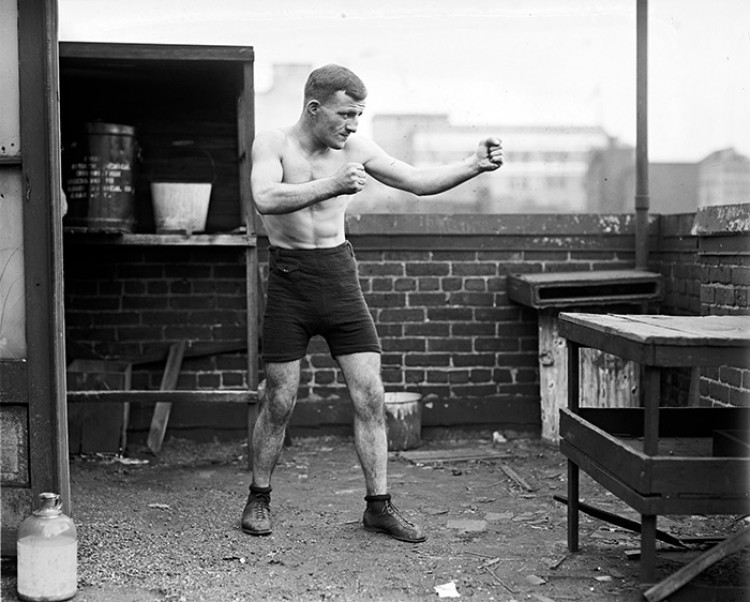 Boxing in the Early 20th Century – 22 Vintage Snapshots of