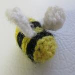 https://lady-of-crochet.tumblr.com/post/166078102085/bee-pattern