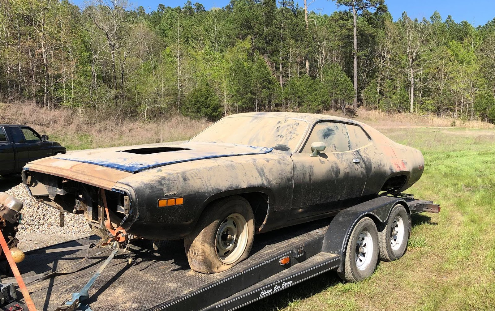 just a car guy barn find 1971 roadrunner 383 4 speed b5 blue rh justacarguy  blogspot com Auto Meter Tach Wiring Diagram Wires FaZe Tachometer Wiring