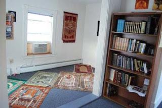 rumah idaman: desain ruang ibadah