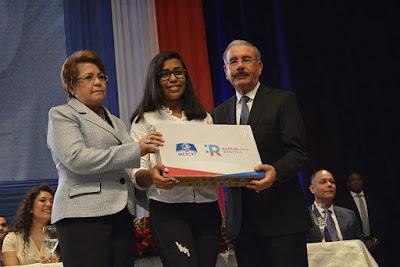 Rosa afirma país logrará avances con República Digital